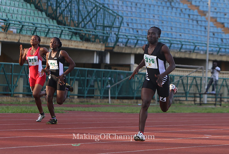 Queen Egege coasted to victory in the women's 400m.