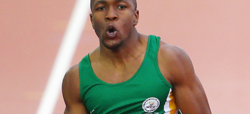 Akani Simbine runs fastest 100m by a South African on home track!