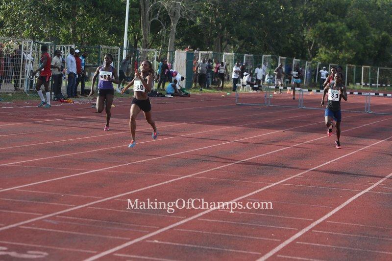 Rita Ossai wins the women's 400m Hurdles