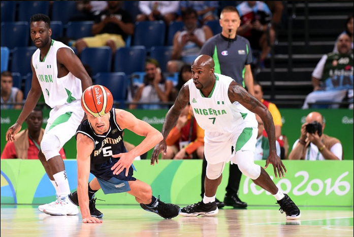 Nigeria's Ebi Ere and legendary Argentina's Manu Ginobli vying for the ball. Photo Credit: @FIBA