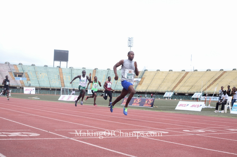 Jerry Jakpa raced to a PB of 21.79s in the heats of the Junior Boys 200m.